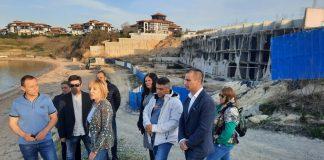 """""""Изправи се! Мутри вън!"""": Да се направи Комисия за разследване на """"подпорната стена"""" на Алепу и за къщата в Барселона"""